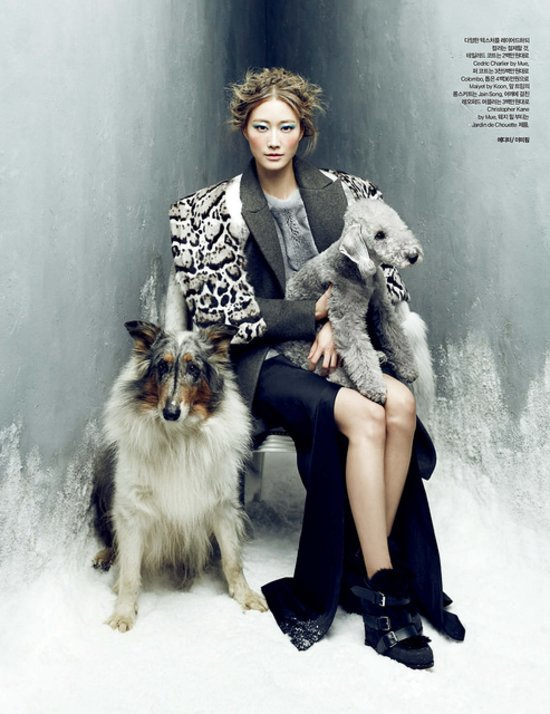 2d92d9d569e70eb1_Lee_Hyun_Yi_by_Choi_Yong_Bin_Frozen_Moments_-_Harper_s_Bazaar_Korea_January_2014_1_jpg_preview_tall
