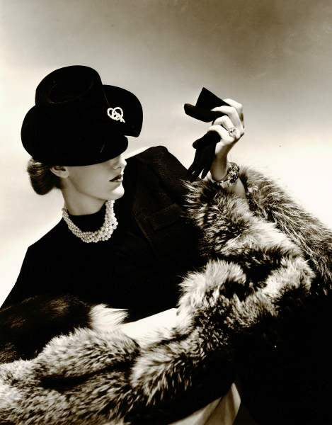 Fur, pearls and diamonds, 1940