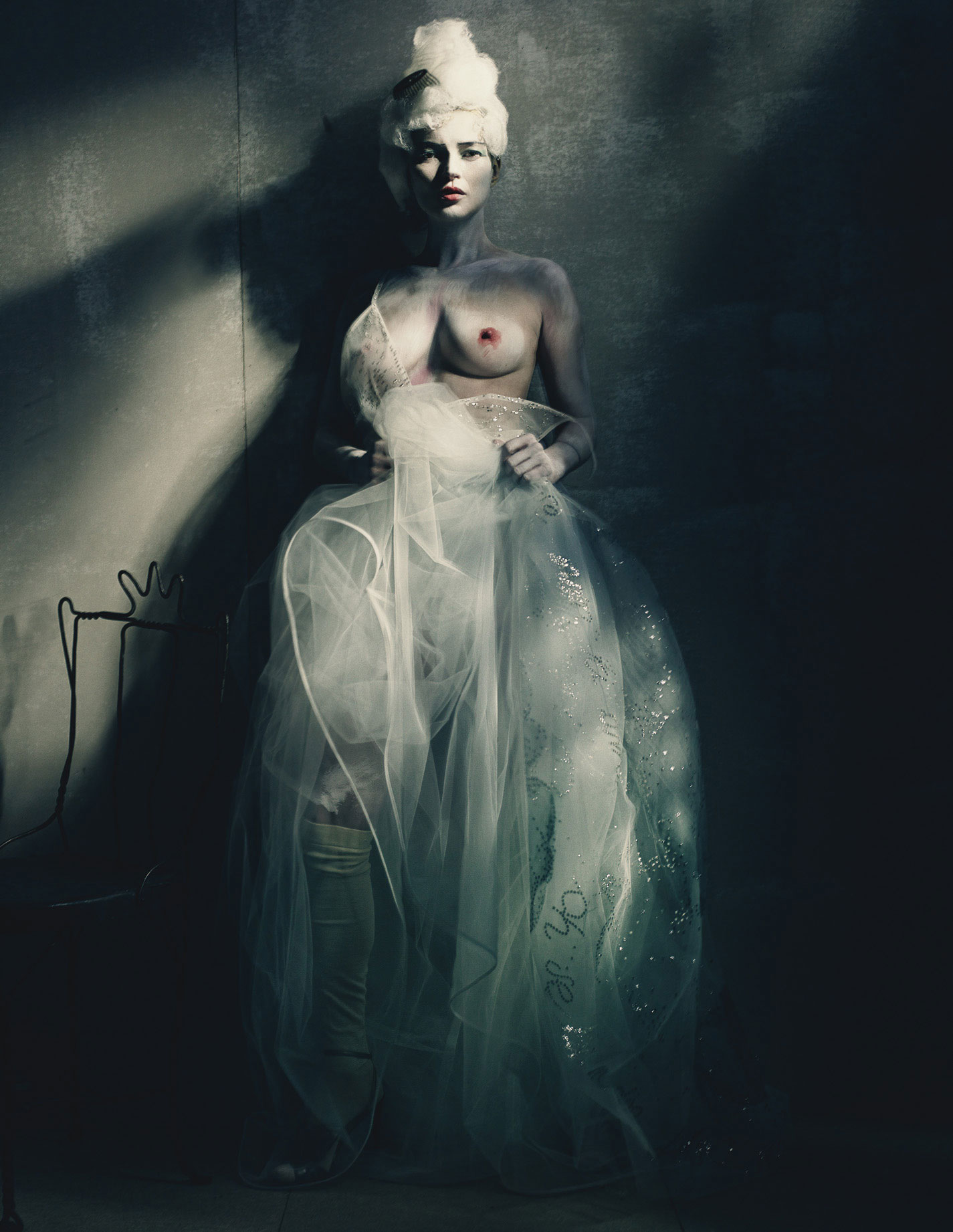 kate-moss-by-paolo-roversi-for-w-magazine-april-2015