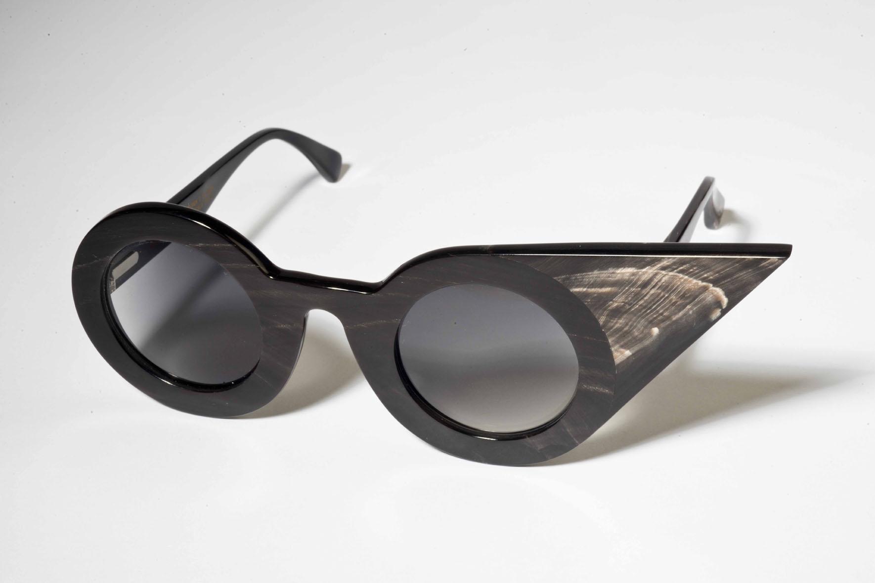 Objeto de Desejo – Óculos André Ópticas em parceria com o MUDE 051aa5861b