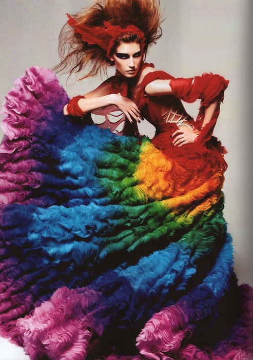 Alexander-McQueen-Rainbow-Shipwrecked-Dress-Spring-2003-Model-Eugenia-Volodina-Photographer-Steven-Meisel (1)