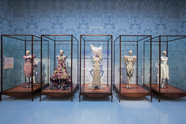 Alexander McQueen - Savage Beauty - Victoria and Albert Museum (1)
