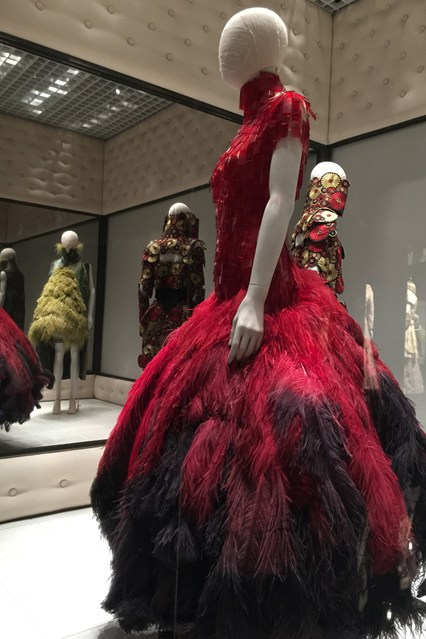 Alexander McQueen - Savage Beauty - Victoria and Albert Museum (14)