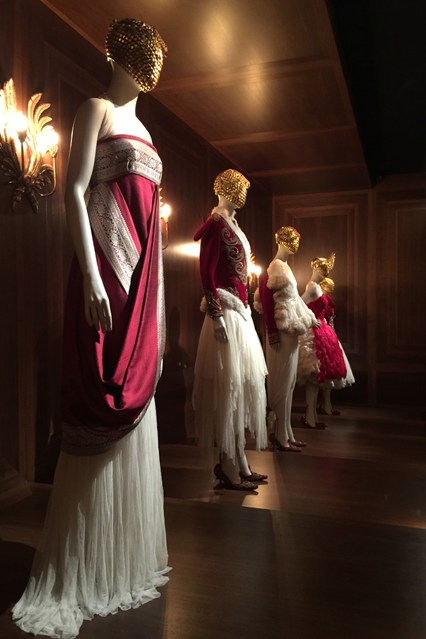 Alexander McQueen - Savage Beauty - Victoria and Albert Museum (22)
