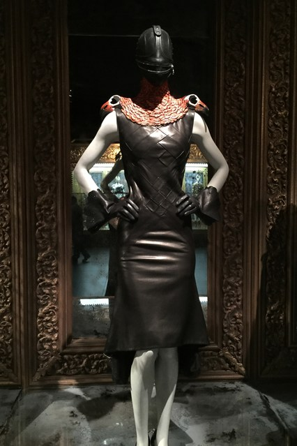 Alexander McQueen - Savage Beauty - Victoria and Albert Museum (28)