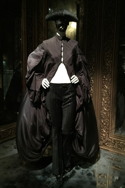 Alexander McQueen - Savage Beauty - Victoria and Albert Museum (29)