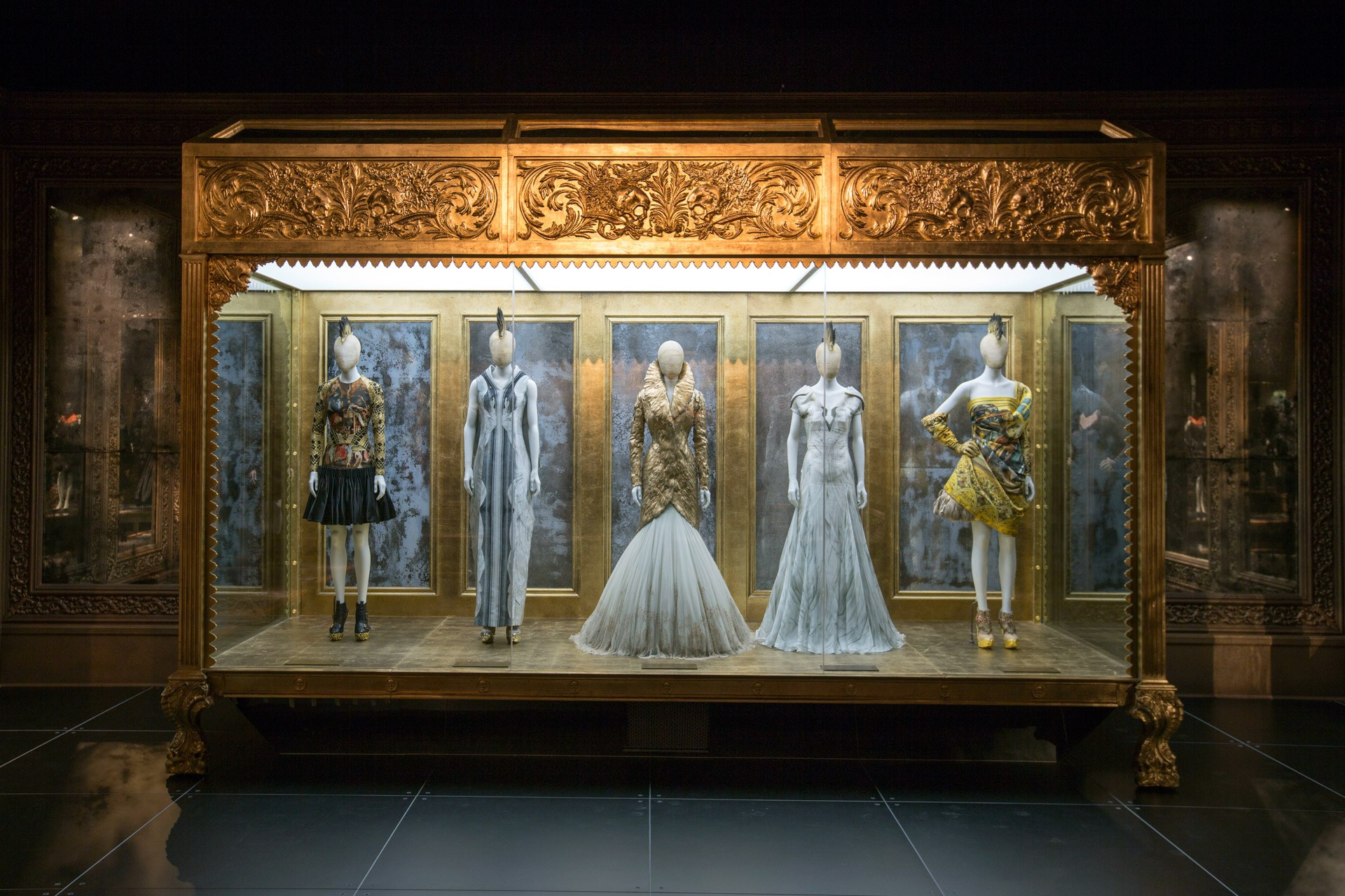 Alexander McQueen - Savage Beauty - Victoria and Albert Museum (32)