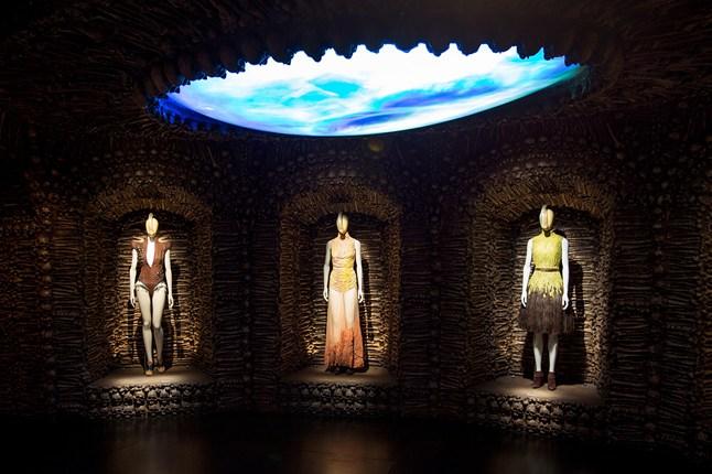 Alexander McQueen - Savage Beauty - Victoria and Albert Museum (4)