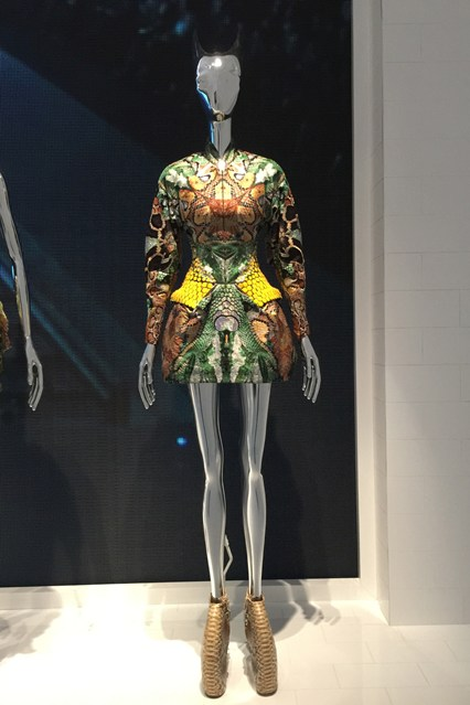 Alexander McQueen - Savage Beauty - Victoria and Albert Museum (7)