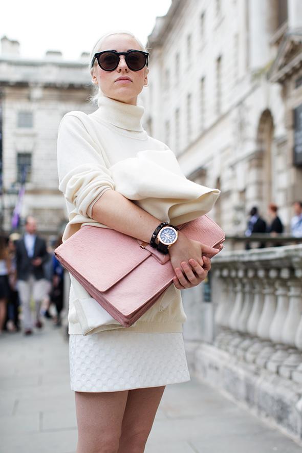white-winter-satoralist-street-style-trend-fashion-blogger-sweater