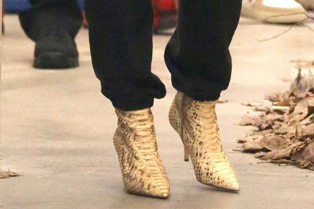 kim-kardashian-shoes