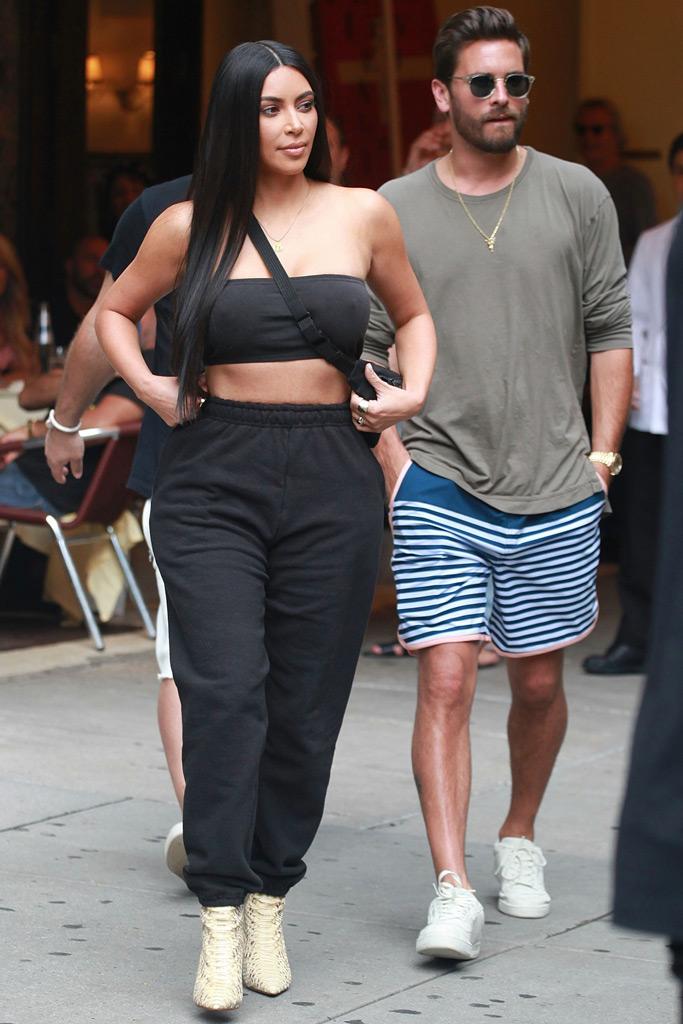 kim-kardashian-sweatpants-bandeau-nyc