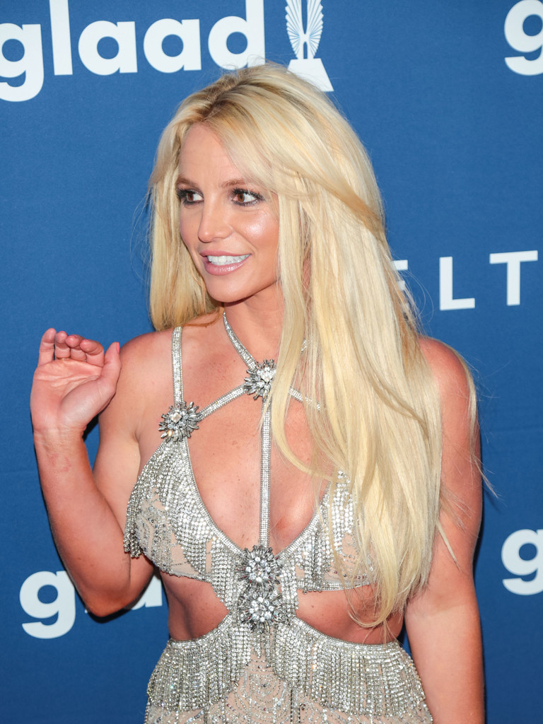 Britney Spears (2)
