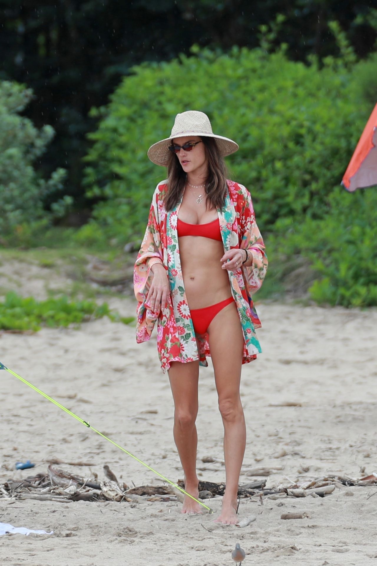 alessandra-ambrosio-in-bikini-at-the-beach-in-hawaii-04-07-2018-12
