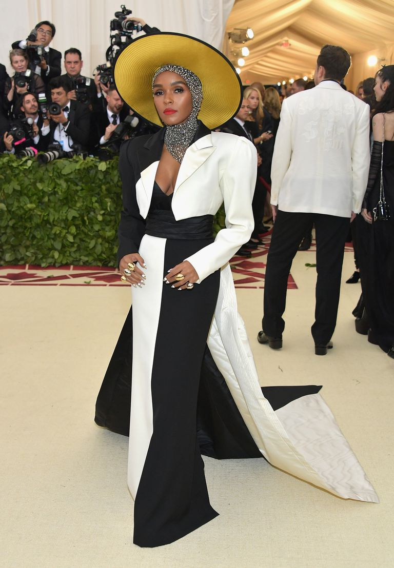 Janelle Monáe in Marc Jacobs