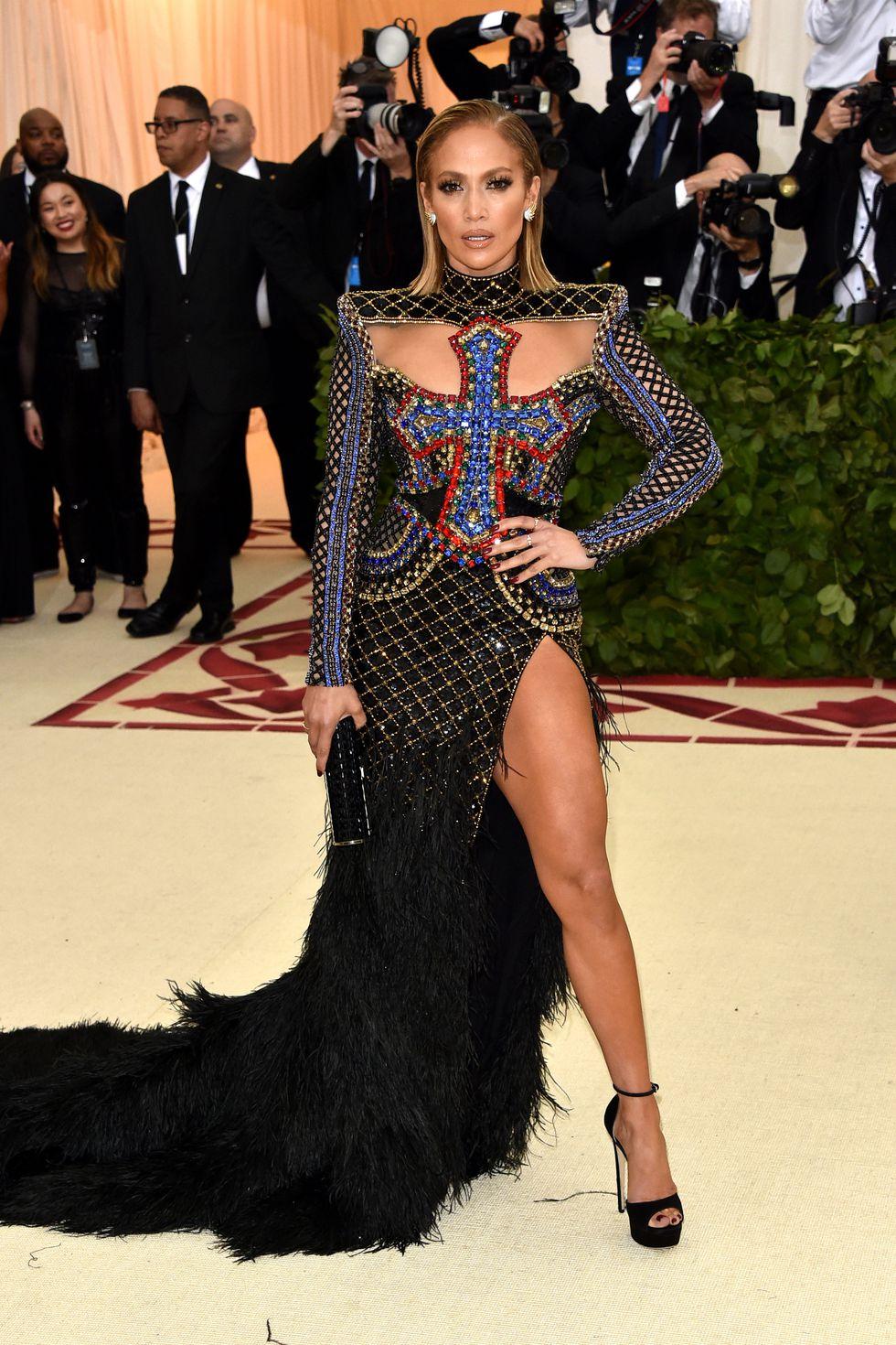 Jennifer Lopez in baknain -VERDE