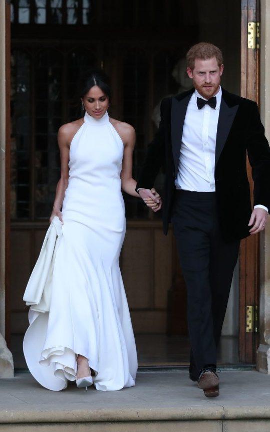 Meghan Markle escolhe a designer Stella McCartney para o vestido usado na recepção do casamento